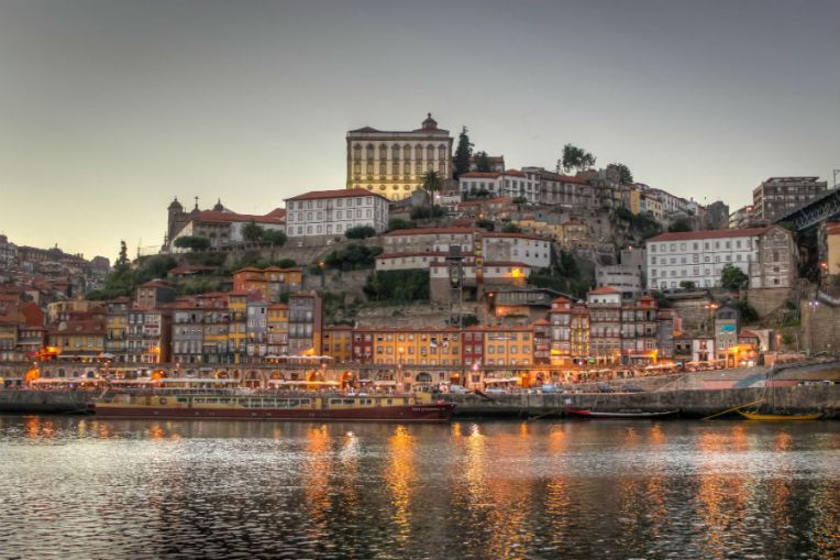 Ribeira, the old city of Porto